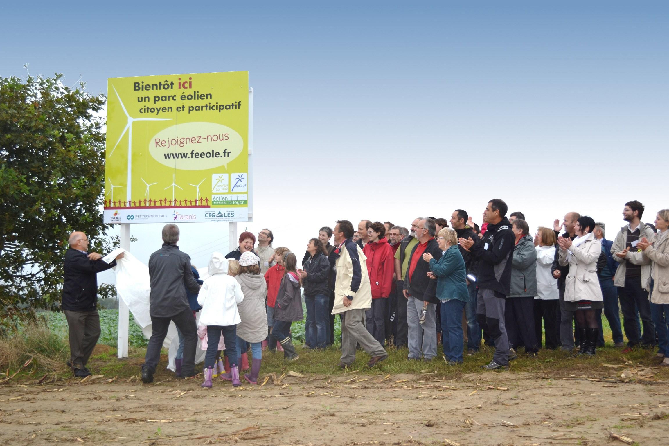 Inauguration du panneau d'annonce pour le parc éolien